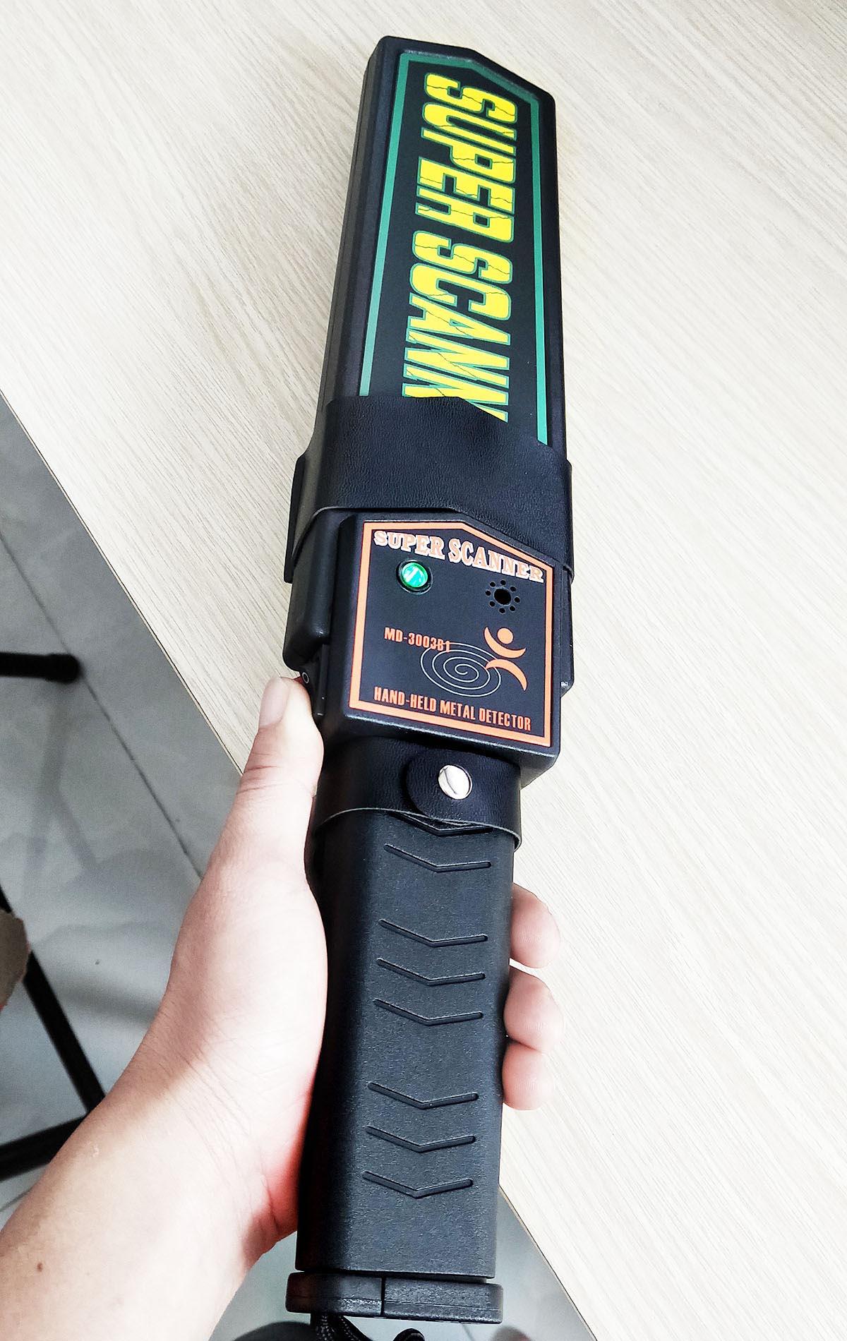 máy dò kim loại cầm tay (3)